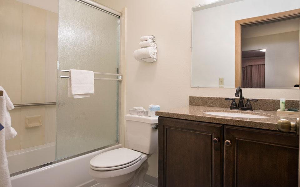 2 Bedroom -Bathroom
